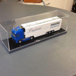 Acrylaat display met kap voor miniatuur