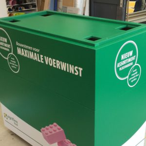 Display, sokkel en transportkist Agrifirm