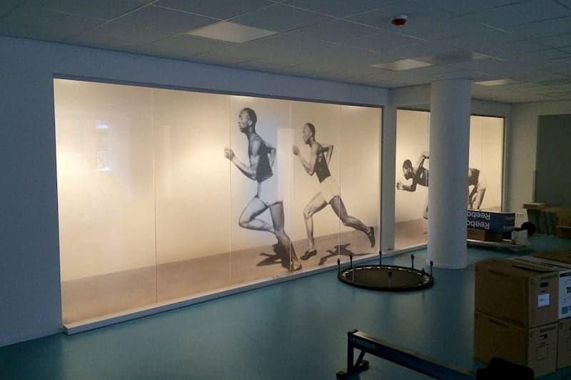 Raamdecoratie SGE Meerhoven fysiotherapie ruimteRaamdecoratie SGE Meerhoven fysiotherapie ruimte