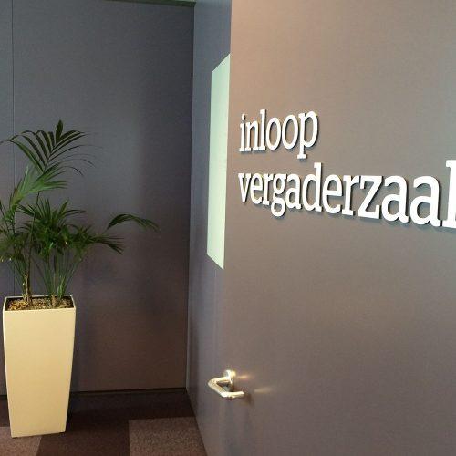 letters op deur