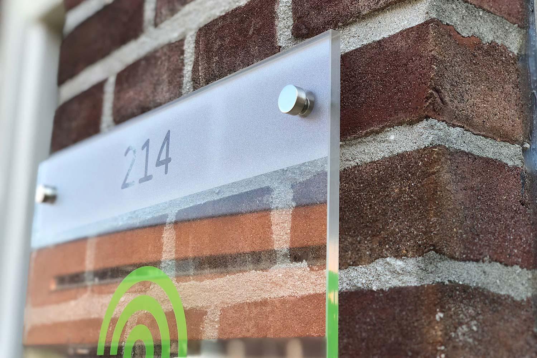 huisnummerbord glas