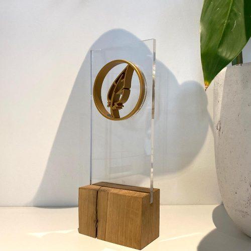 award met glas en logo